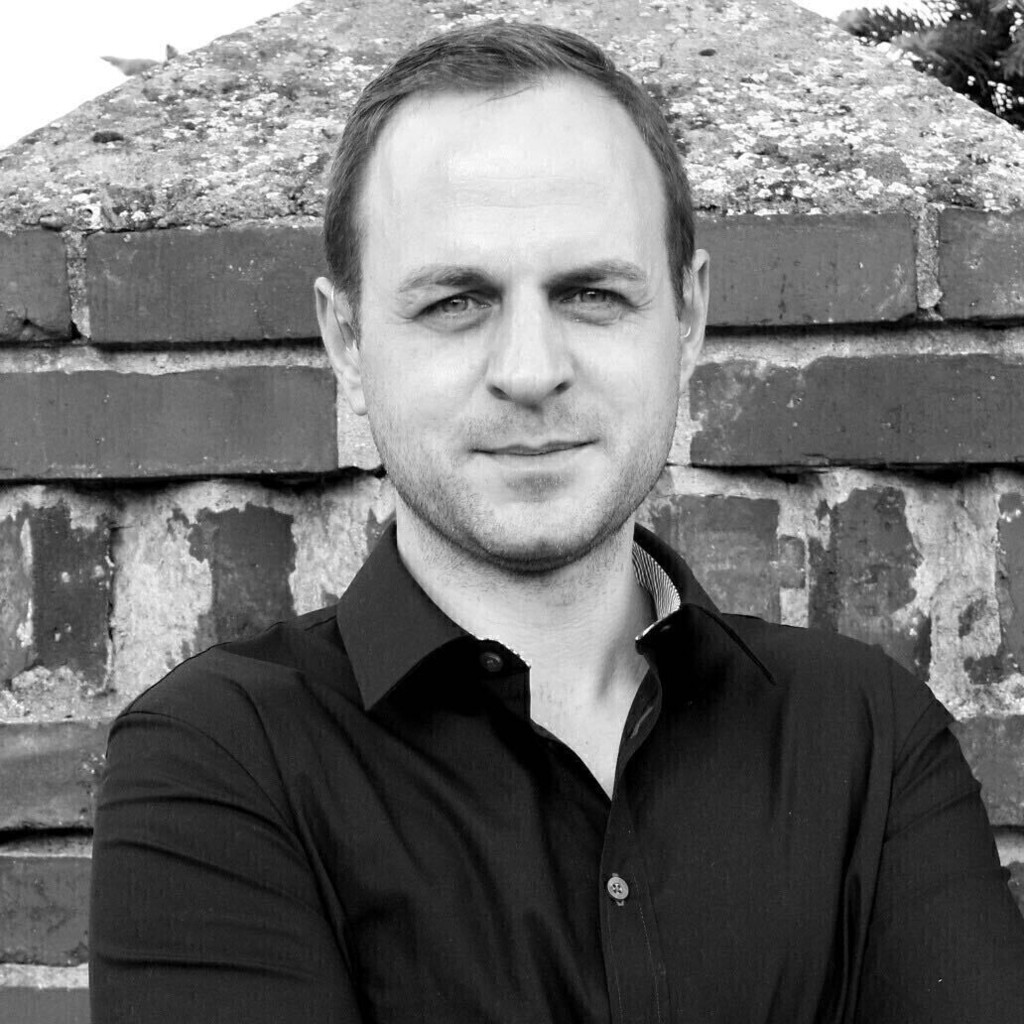 Konrad karwan supplier coordinator home24 se xing for Home24 gmbh
