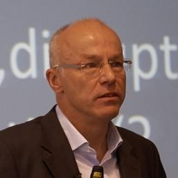 Dr. Jochen Robes
