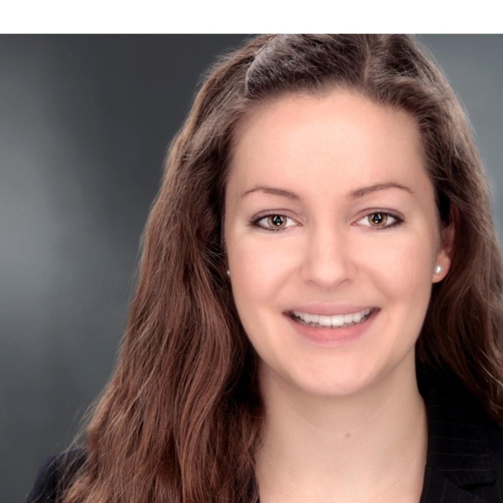 Valentina scharte privat und firmenkundenberaterin for Valentina immagini