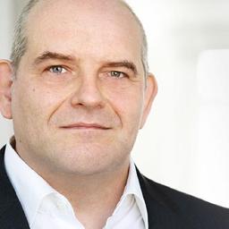 Thomas Voss - FabForward Consultancy (Singapore, Germany) - Singapore