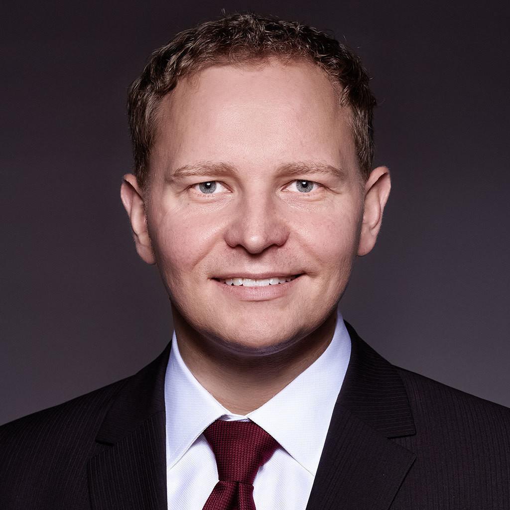 Riffelmacher Und Weinberger : alexander voigtl nder betriebsleiter riffelmacher ~ Watch28wear.com Haus und Dekorationen