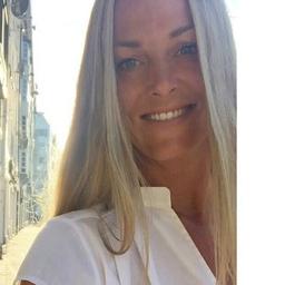 Nina Schuetz - salesforce.com Germany GmbH - München