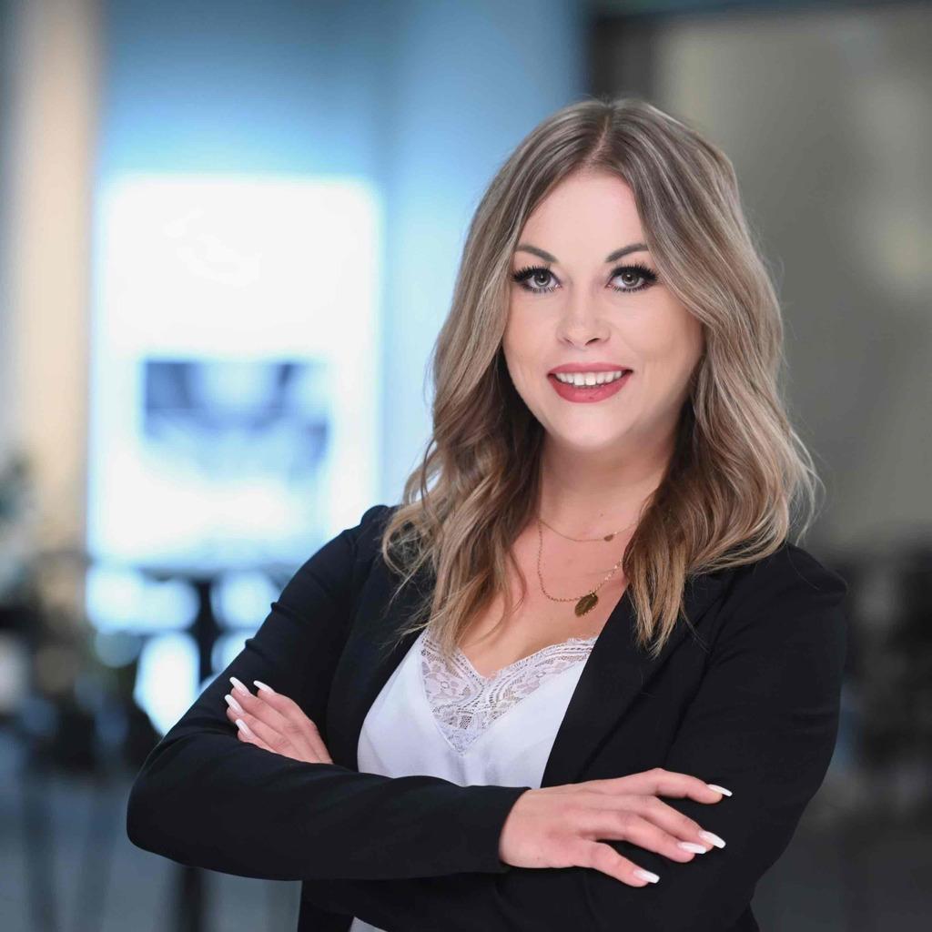 Sarah Arnold's profile picture