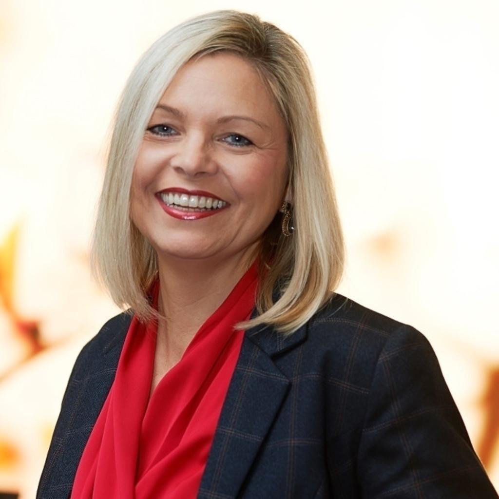 Astrid Elmiger Leiterin Marketing Kommunikation Mitglied Der