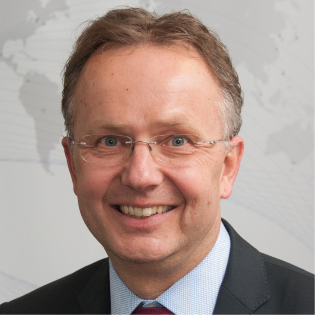 Siegbert koch managing director equipment technics for Koch englisch