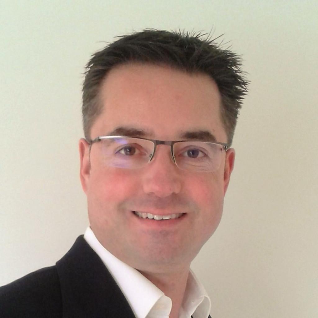 Dr Stefan Kempf Geschäftsführender Gesellschafter