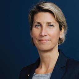 Mag. Charlotte Alexandra Hager - comrecon brand navigation . Institut für Markenführung - Baden