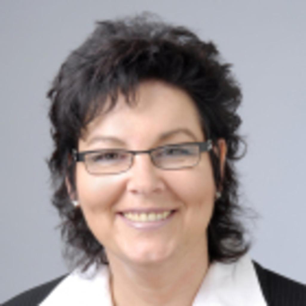 Jutta Hoffmann - Human Resources Business Partner - Bayer