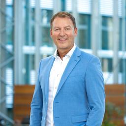 Thomas Atsch - Versicherungskammer Maklermanagement Kranken GmbH - München