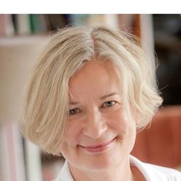 Dr. Claudia Streit