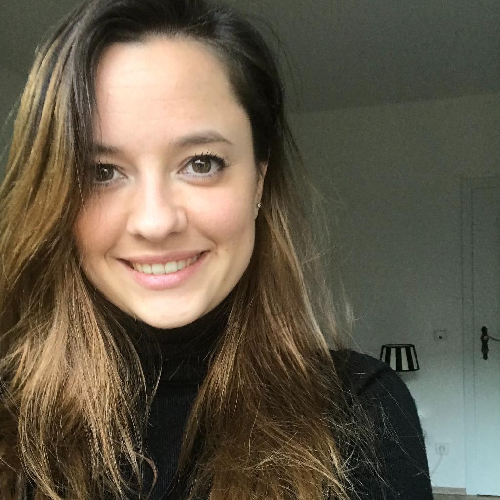 Ramona Bialowons Online Redakteur Technische Hochschule Koln