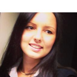 Julia Barth's profile picture