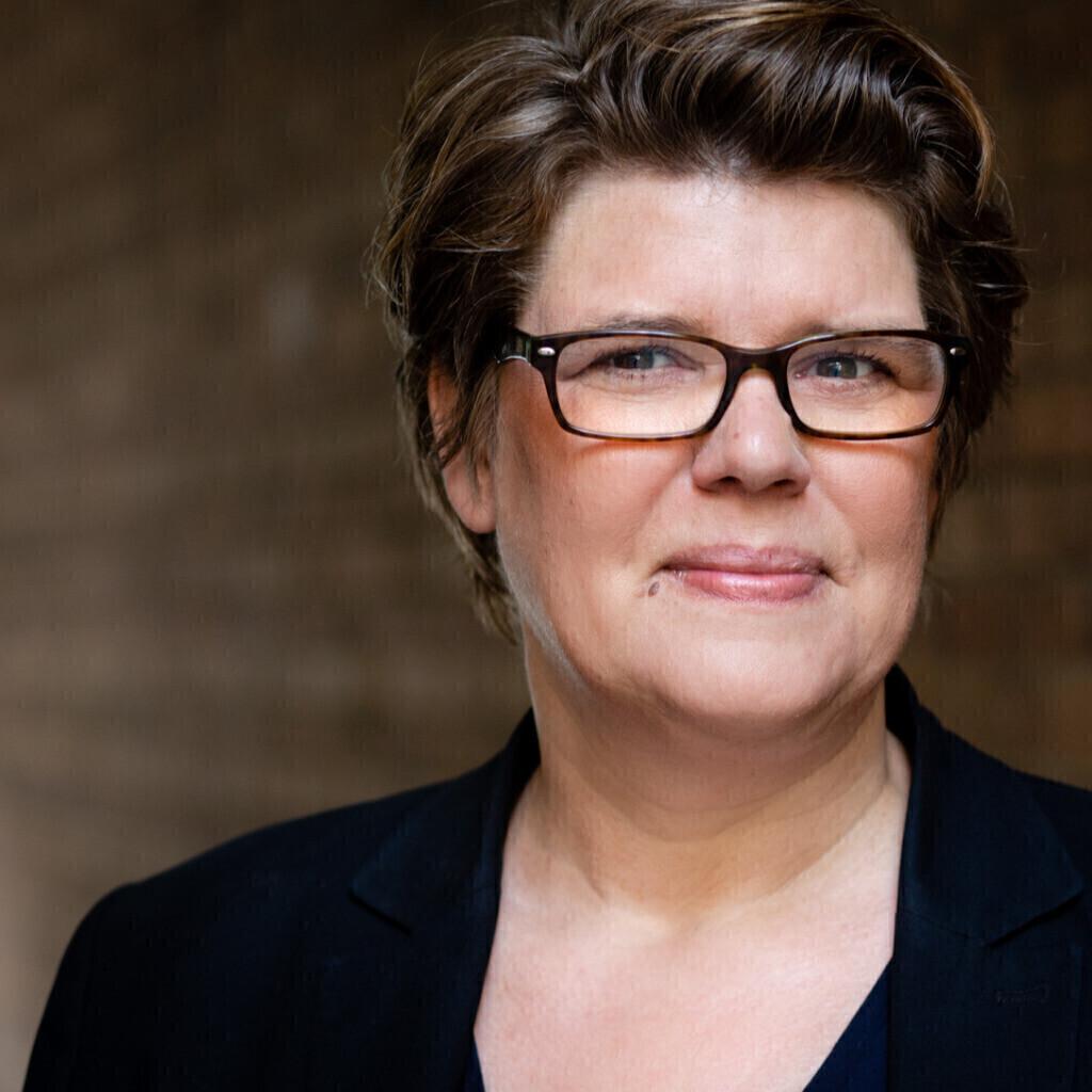 Katrin Pauly Teamleiterin Offentlichkeitsarbeit Und Marketing Stiftung Haus Der Kleinen Forscher Xing