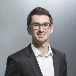 Dr. Lukas Ladenberger - it-novum GmbH - Düsseldorf