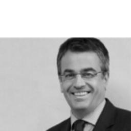 Dr. Thomas Bezani