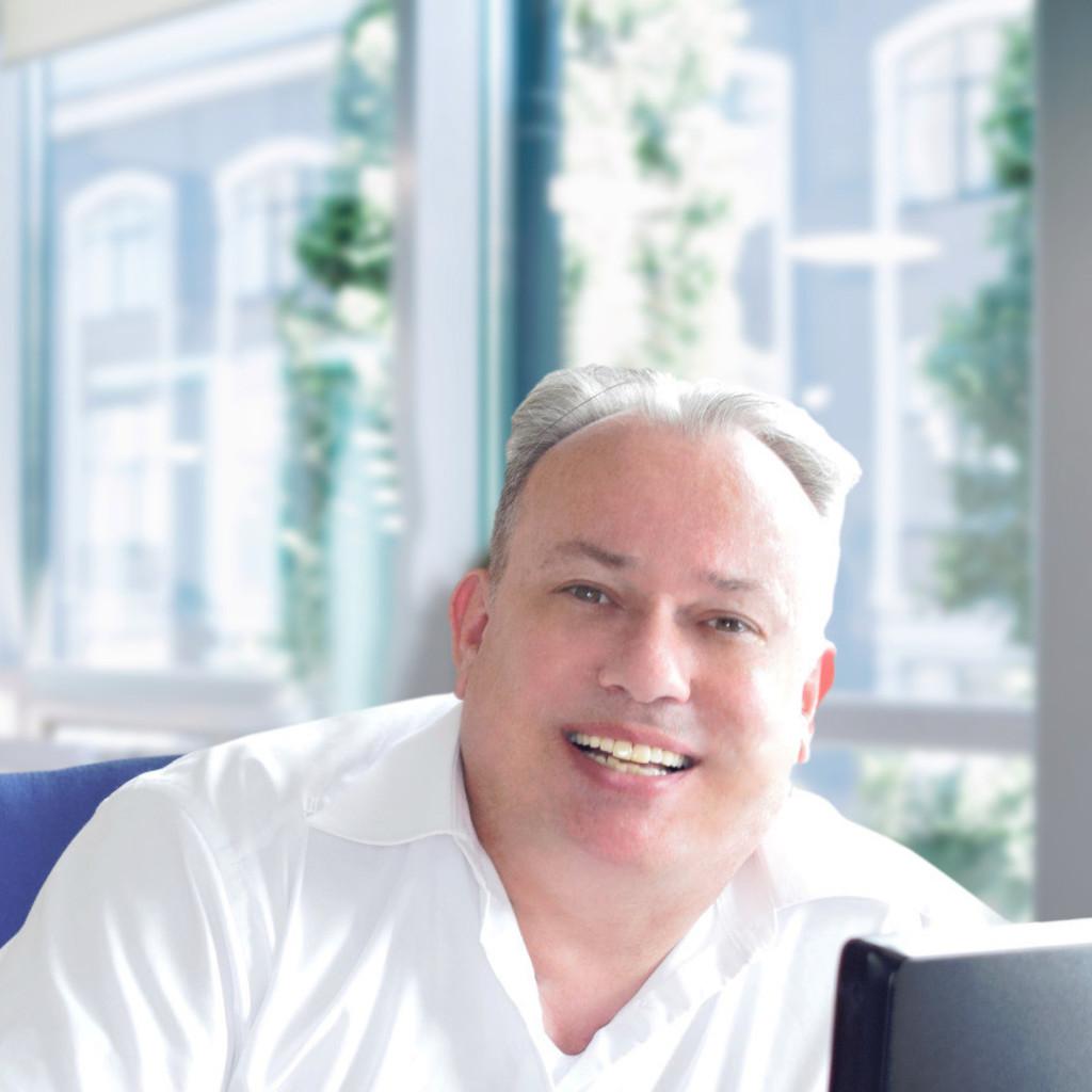 Matthias Kuhn's profile picture