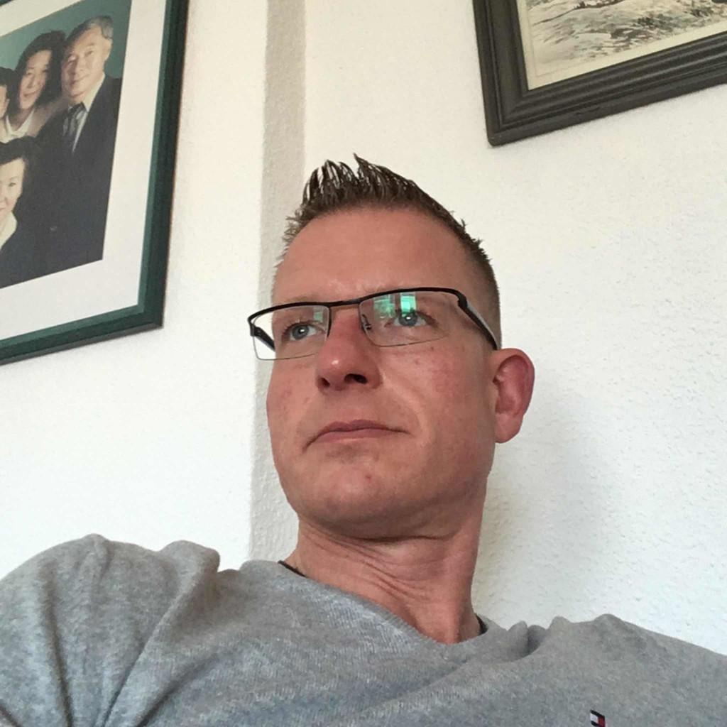 Patrick hinz gesch ftsf hrer raumgestaltung design for Raumgestaltung lorenz