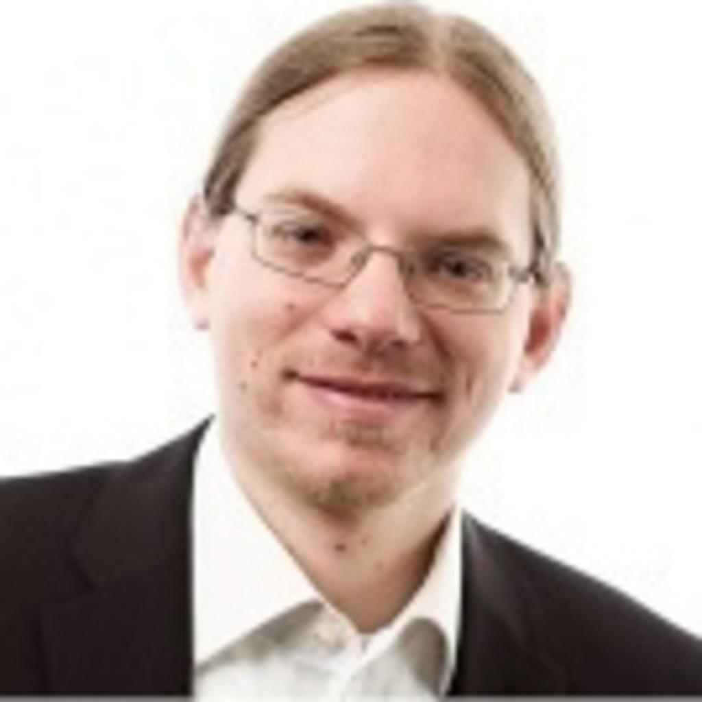 Peter brind pke junior consultant cpro industry for Junior consultant