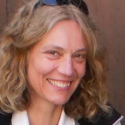 Annette Heine