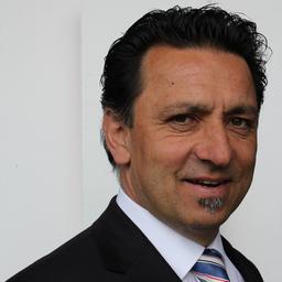Parwis Yadegari