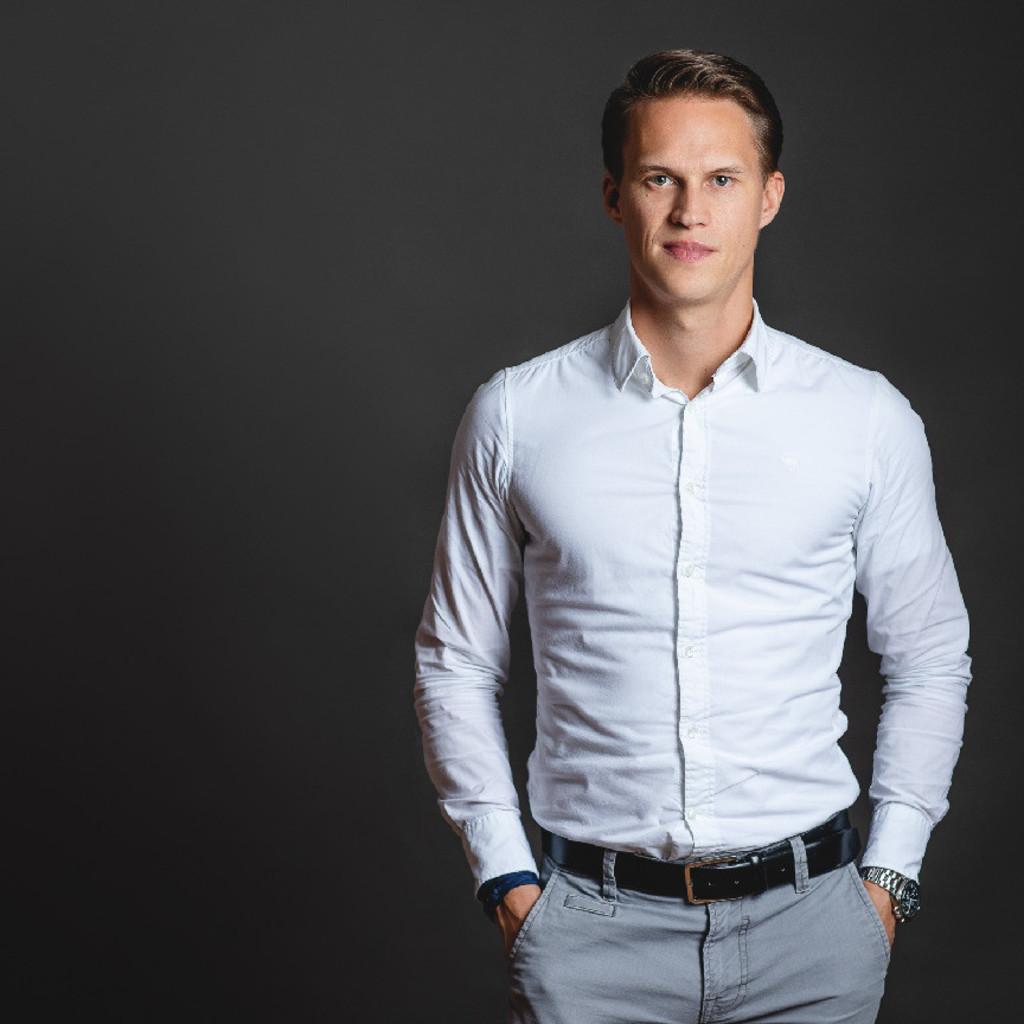 Bastian peters vertrieb und projektmanagement minimum for Minimum gmbh