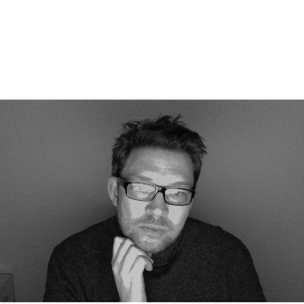 Daniel engel k chenplaner innenarchitektur for Innenarchitektur bielefeld