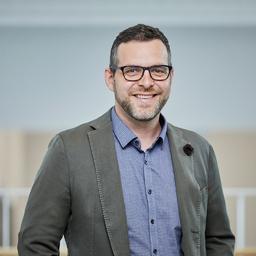 Dr. Lukas Scherrer