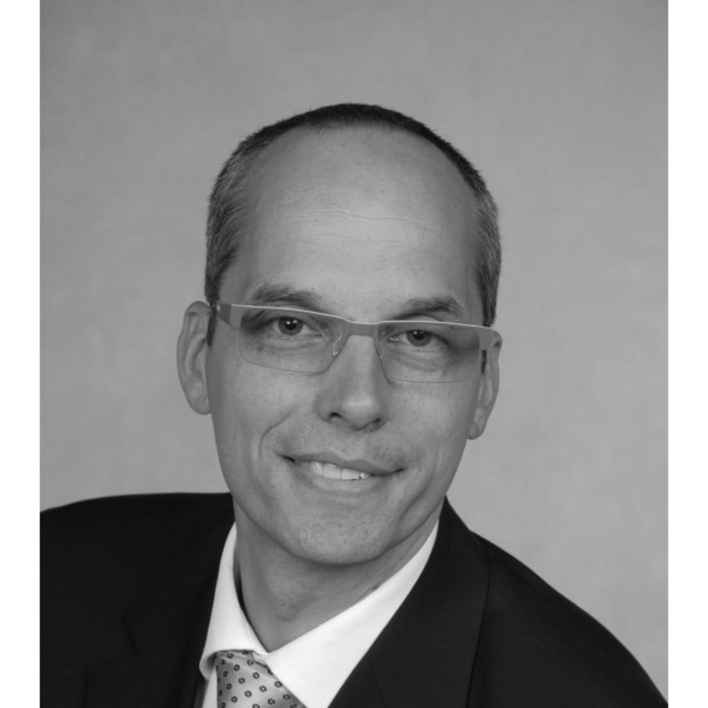 Dr thomas koch gesch ftsf hrer alfing kessler for Koch maschinenbau