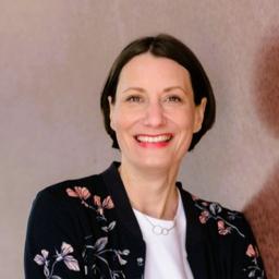 Jennifer Jones - StoryDOCKS GmbH - Hamburg