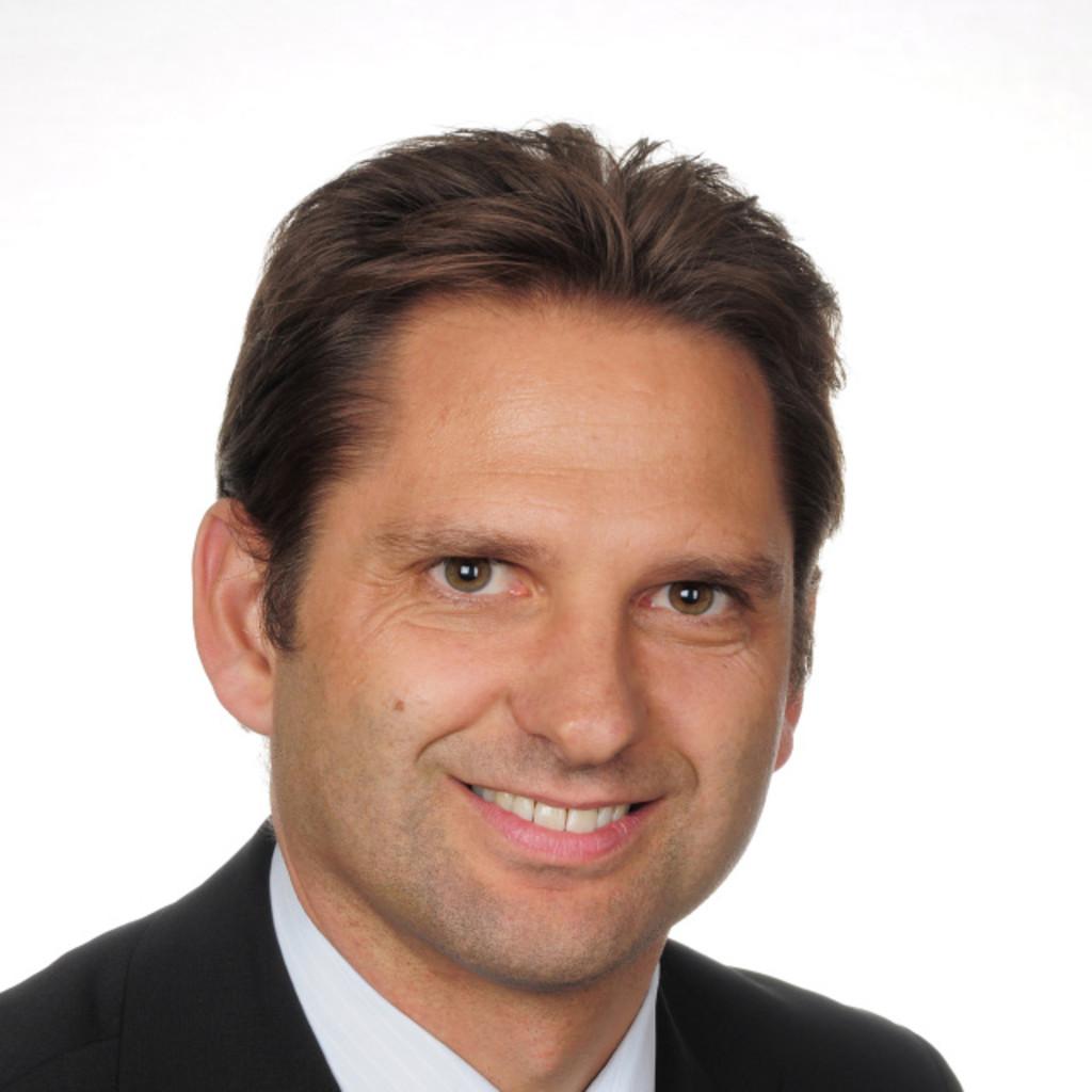 Alexander heimberger director entwicklung interieur der for Interieur der zukunft
