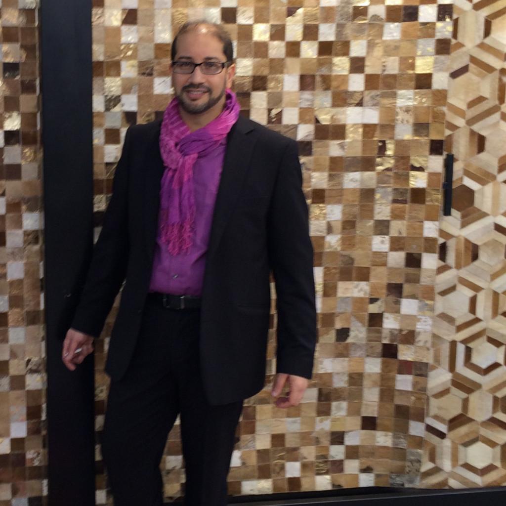 sonil mehra gesch ftsf hrer nords d orientteppiche. Black Bedroom Furniture Sets. Home Design Ideas