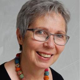 Rita Crecelius - In Menschlichkeit wachsen - Springe