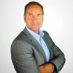 Frank Reinhart - AXA Versicherung AG - Neu-Isenburg