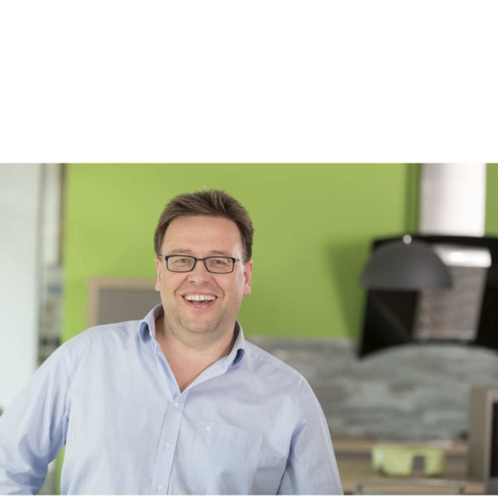 michael pavelic inhaber kreativ k chen xing. Black Bedroom Furniture Sets. Home Design Ideas