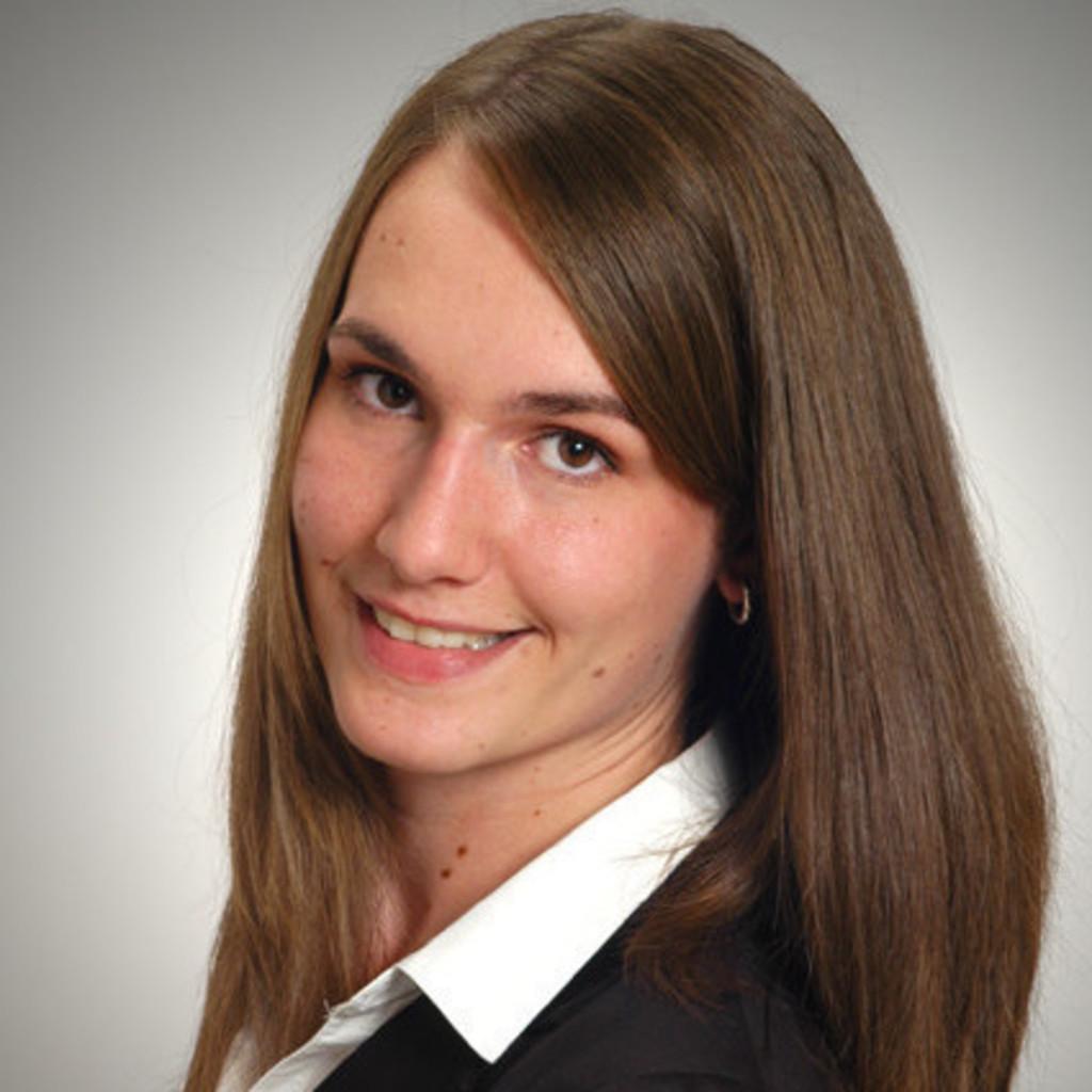 Stefanie Junger - Controlling und IT - Freundeskreis