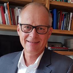 Dr. Hartmut Lüker