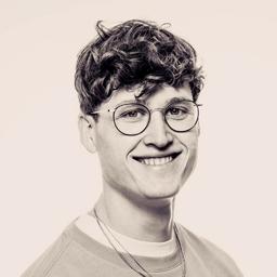 Julian Fella's profile picture