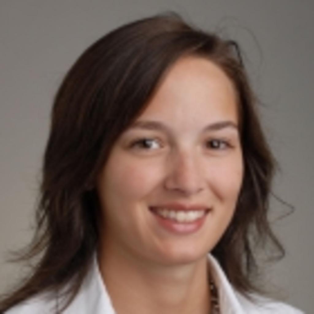 Reiser Fliesen Naturstein Bad Saulgau : Daniela Schmid - Assistant Wirtschaftsprüfung - PwC, Switzerland ...