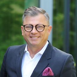 Michael Six's profile picture