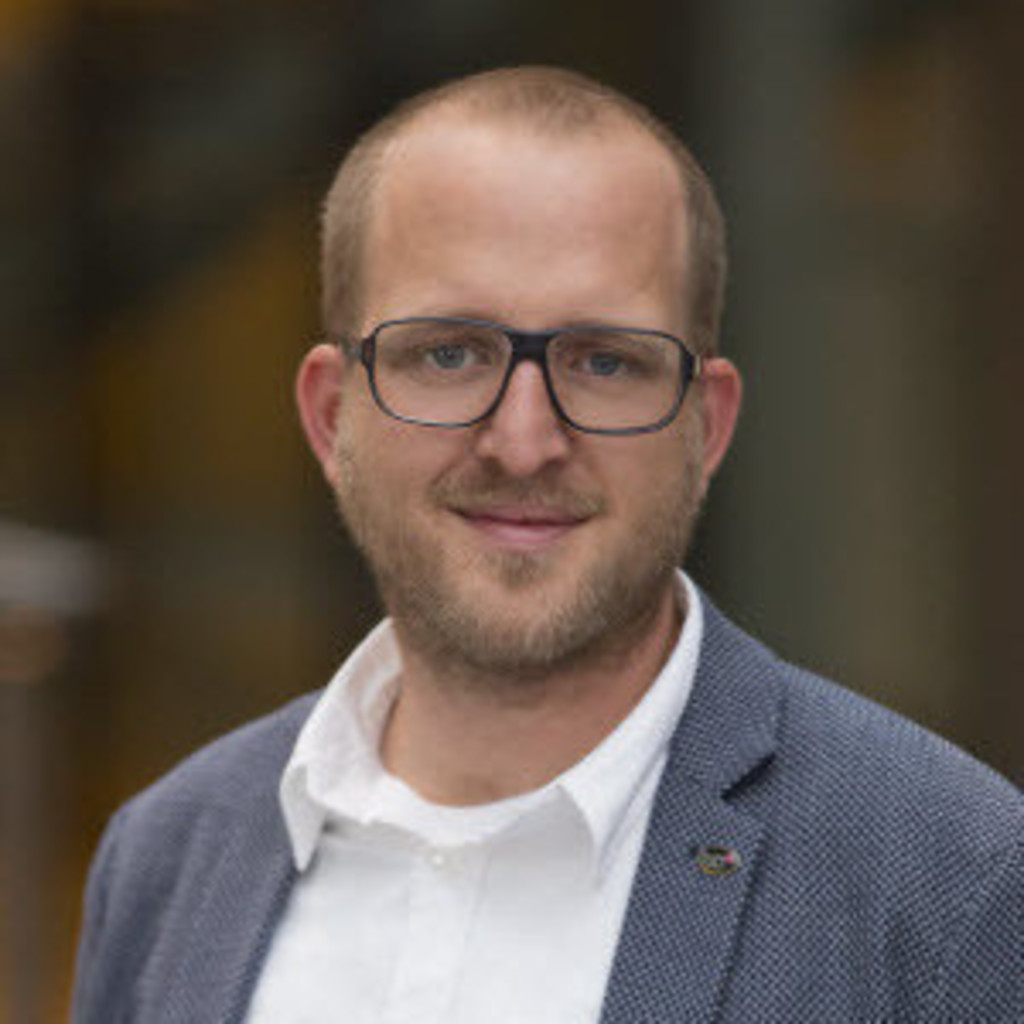 <b>Reinhard Moser</b> - Senior E-Commerce Consultant - WECO Software GmbH | XING - reinhard-moser-foto.1024x1024