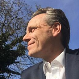 Nikolai Hombach - Andere erfolgreich machen. - Freudenberg