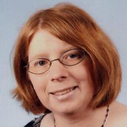 Denise Merz - industriekauffrau