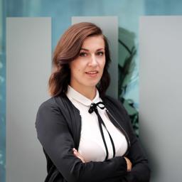 Magdalena Rogl - Nachrichten bitte auf LinkedIn