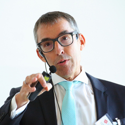 Prof. Dr. Ralf Kreutzer