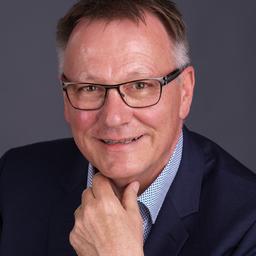 Daniel E. Bubendorf