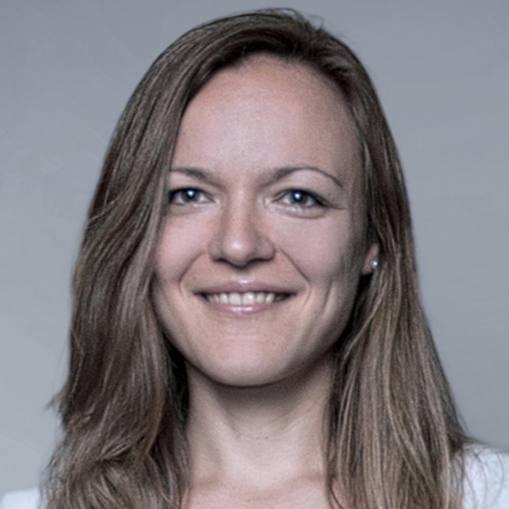 Emiliya goranova druck und medientechnologie for Produktdesign stuttgart