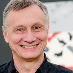 Dr. Christoph Schlenzig