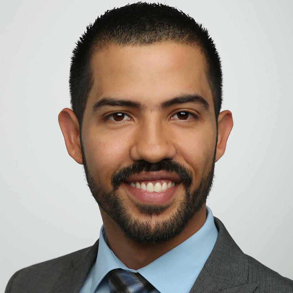 Roberto martinez mechatronik ingenieur talleres for Ingenieur fertigungstechnik
