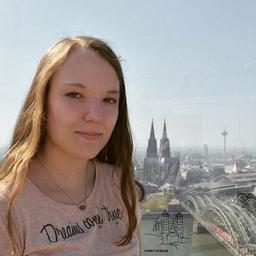 Julia Endres - FOM Düsseldorf