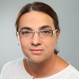 Dr. Cornelia Kiefer